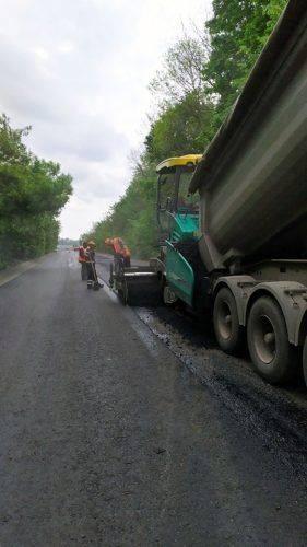 Продовжують ремонтувати об'їзд одного з міст на Черкащині (фото)