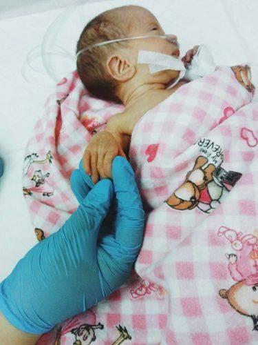 Черкащан просять долучитися до порятунку недоношених малюків