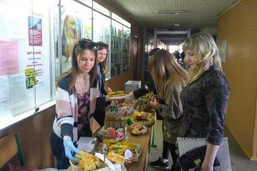Черкаські студенти влаштували ярмарок милосердя (фото)