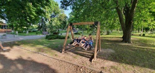 Черкаські парки та сквери облаштовують новими атракціонами
