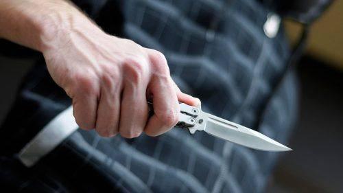 Чоловік погрожував ножем продавчині магазину на Черкащині