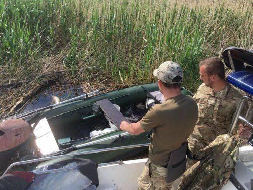Під час обстеження річки Дніпро патрульними було знайдено човен, який належить втонулому рибалці