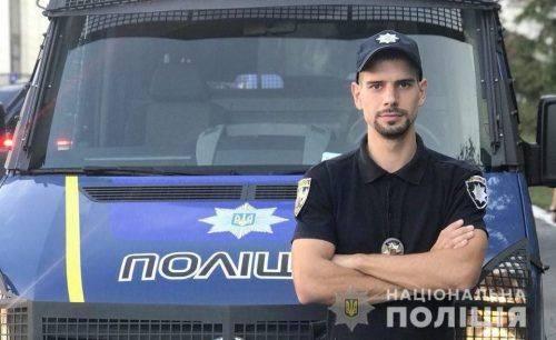 За незаконне використання поліцейської символіки на черкащан тепер чекає адміністративна відповідальність