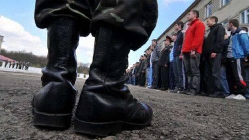 Дві доби перебував у Черкаському обласному військкоматі тальнівчанин (відео)