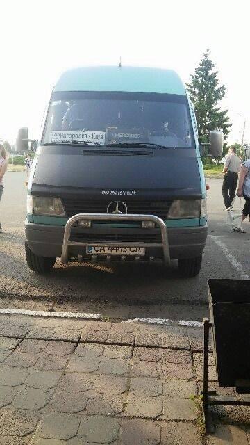 Убивця та істеричка: на Черкащині водій маршрутки відмовився везти військового