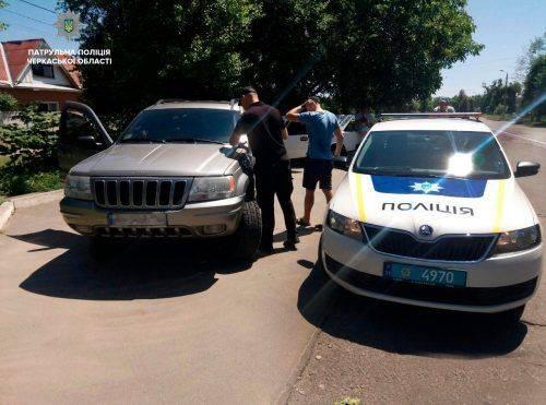 На Черкащині виявили два джипи з підробленими документами (фото)