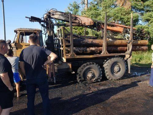 На Черкащині загорівся вантажний автомобіль (фото)