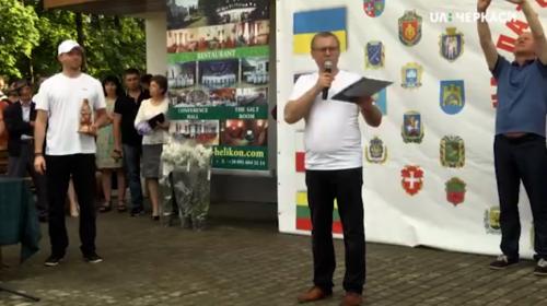 Аплодували стоячи: черкаські медики повернулися зі всеукраїнських змагань (відео)