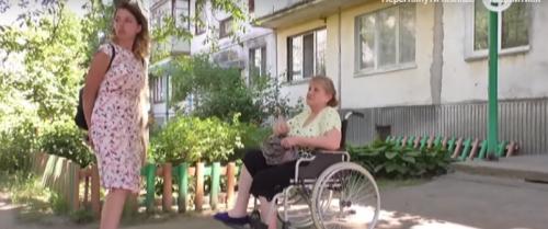 У Черкасах люди з інвалідністю скаржаться на місцеве соціальне таксі (відео)