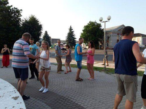 На Черкащині масово танцювали сальсу (фото, відео)