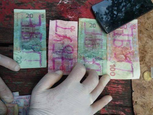 У Черкасах група осіб продавала наркотики (фото)