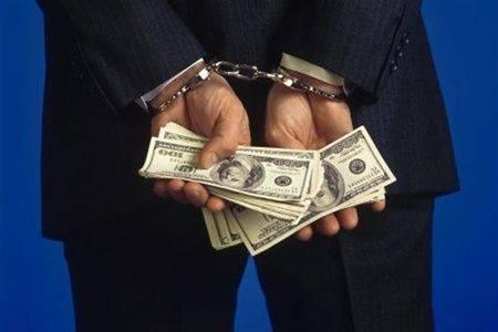За отримання хабара на Черкащині засудили патрульного