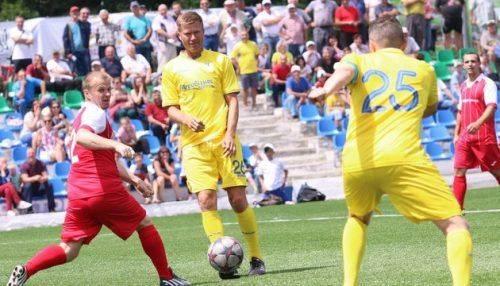 Футбольна збірна України серед ветеранів провела матч на Черкащині