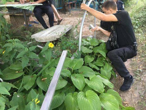 На Черкащині вандали пошкодили пам'ятники на кладовищі (фото, відео)