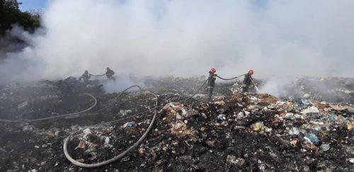 На Черкащині горіло сміттєзвалище (фото)