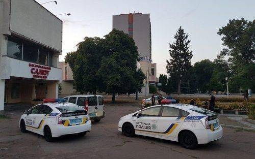 Невідомі розтрощили штаб кандидата у народні депутати
