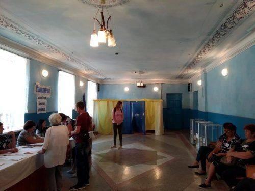 Під час виборів на Черкащині фіксують дрібні порушення