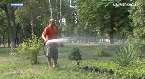 10 чоловіків, неплатників аліментів, залучено до суспільно-корисних робіт у Черкасах (відео)