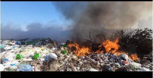 На Черкащині горіло сміттєзвалище (відео)