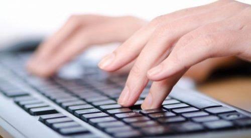 В один клік без черг та хабарів: президент підписав указ щодо розвитку електронних послуг