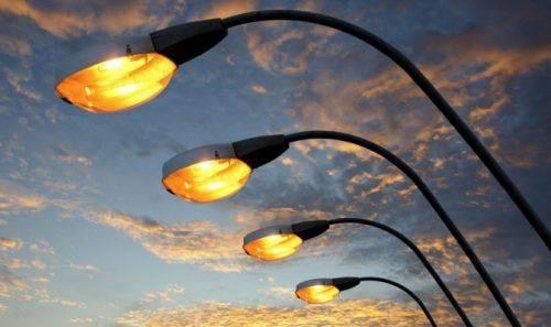 У Черкасах освітлили тротуар за кошти Громадського бюджету