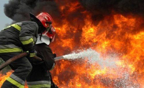 У Черкасах на території промислового підприємства сталася пожежа