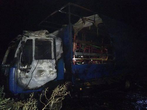 На Черкащині вночі загорілася вантажівка (фото)