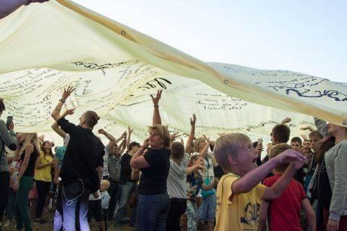 """Гутірки, музичні виступи та батли: як черкащани святуквали """"ШеFest"""" (фото)"""
