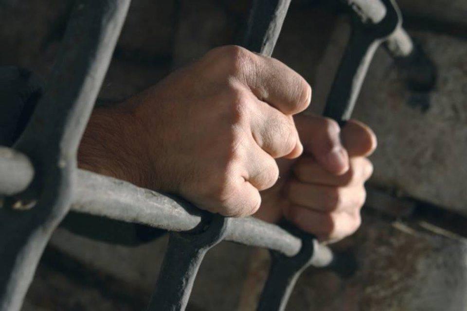 У Черкасах до 5 років позбавлення волі засуджено зловмисника за розбій