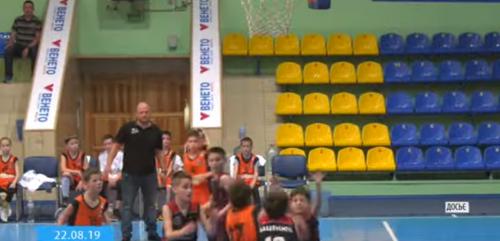 У черкаській школі з'явиться ще два баскетбольні класи (відео)