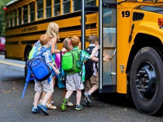 На Черкащині продовжують втілювати програму «Шкільний автобус»