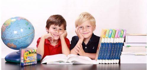 Шкільні канікули нового навчального року: коли і скільки відпочиватимуть учні
