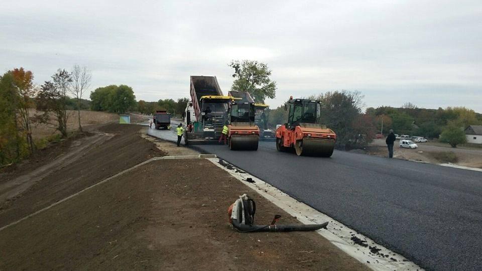 На Христинівщині завершують реконструкцію шляхопроводу