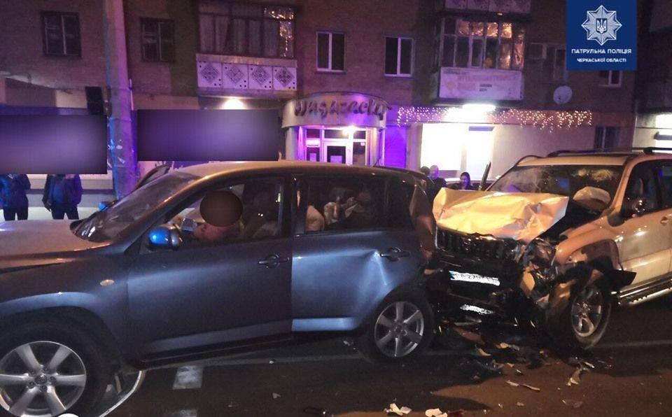 У Черкасах через п'яного водія постраждали п'ятеро містян