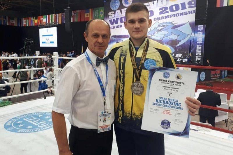Черкаський кікбоксер став срібним призером чемпіонату світу-2019