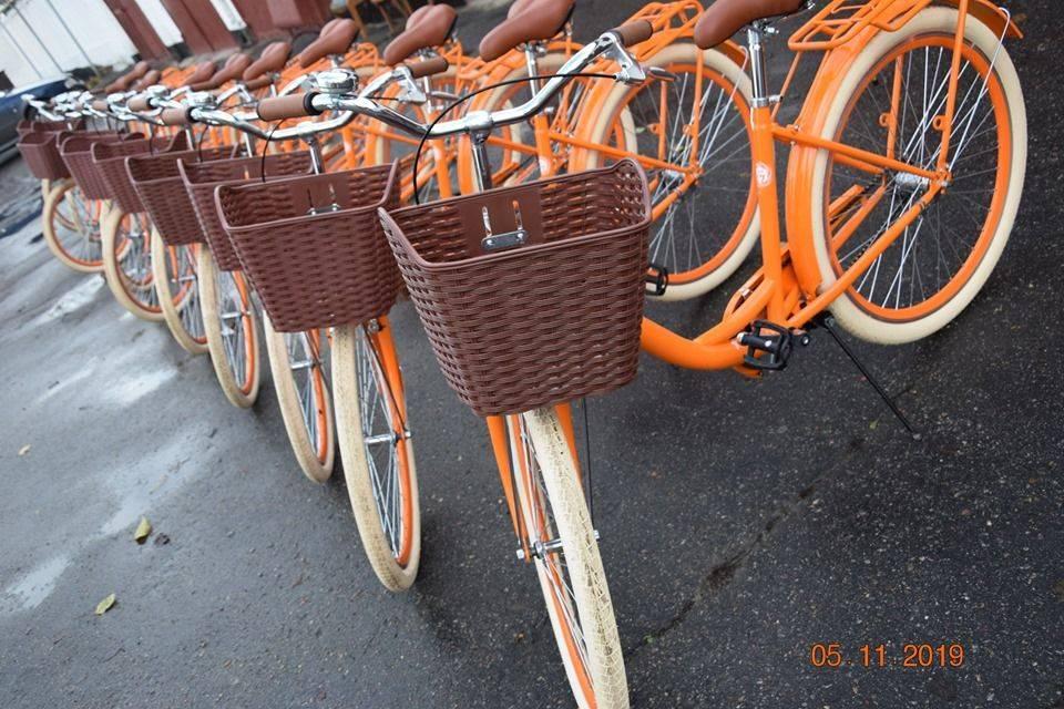 На Золотоніщині соцпрацівники пересіли на сучасні велосипеди (фото)