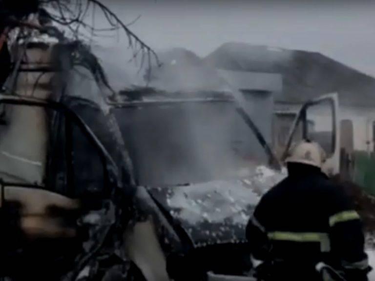 У Звенигородці згорів вантажний бус (відео)