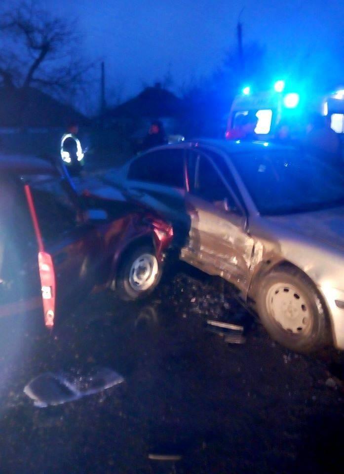 В результаті ДТП на Черкащині двох дітей доправили до лікарні (фото)