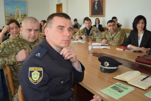 Суїциди на Черкащині: як розпізнати самогубцю і не допустити трагедії