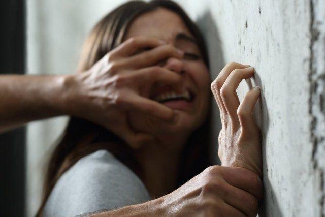 На Уманщині вітчим зґвалтував неповнолітню пасербицю