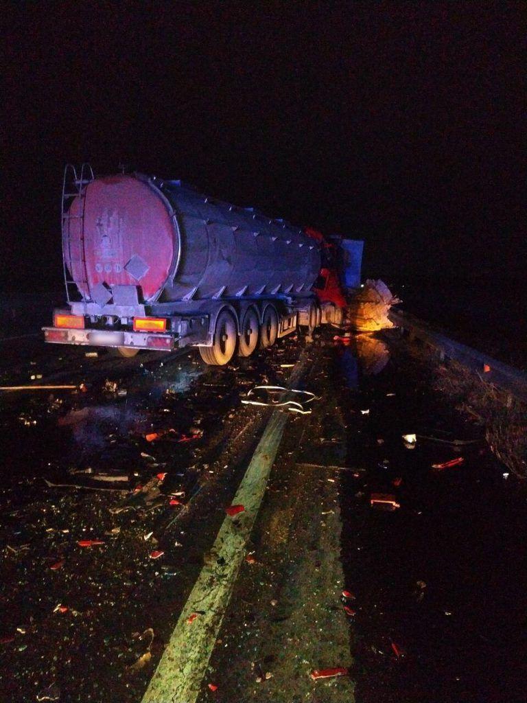 На Черкащині зіткнулися дві вантажівки, є постраждалий (фото)