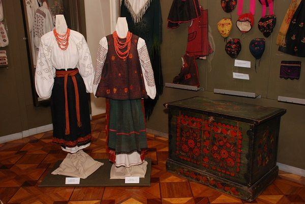 Україна відзначає День вишиванки: історія та особливості традиційної вишивки на Черкащині