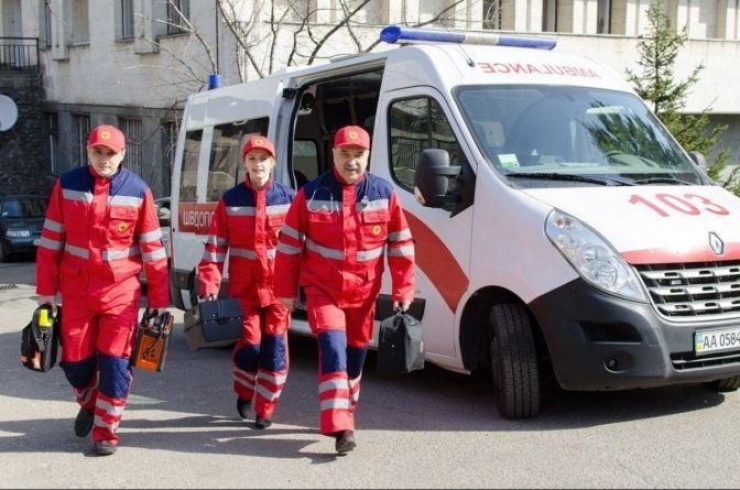 """Медики """"швидкої"""" Черкащини потерпають від нападів"""