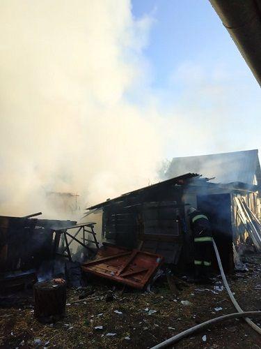 На Черкащині горіли два будинки