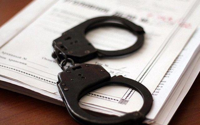 На Черкащині оголошено підозри підлітку та його спільнику, які пограбували місцевого жителя