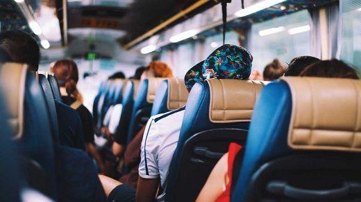 """""""Дорожні війни"""": як черкаські перевізники борються з нелегалами за пасажирів і чому не можуть їх поділити"""