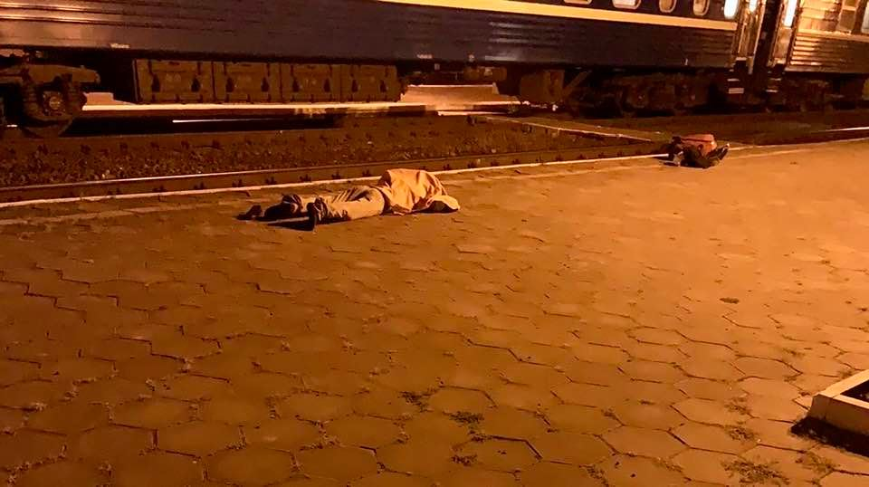 На Черкащині чоловік загинув, потрапивши під потяг (фото)
