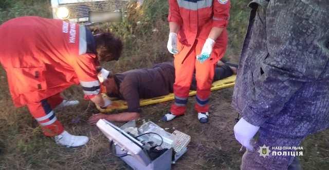 На Черкащині п'яний водій спричинив ДПТ. Пасажир у реанімації (фото)