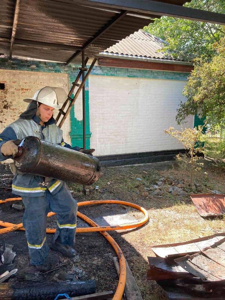На Звенигородщині чоловік ледь не згорів, намагаючись самотужки впоратися із пожежею (фото)