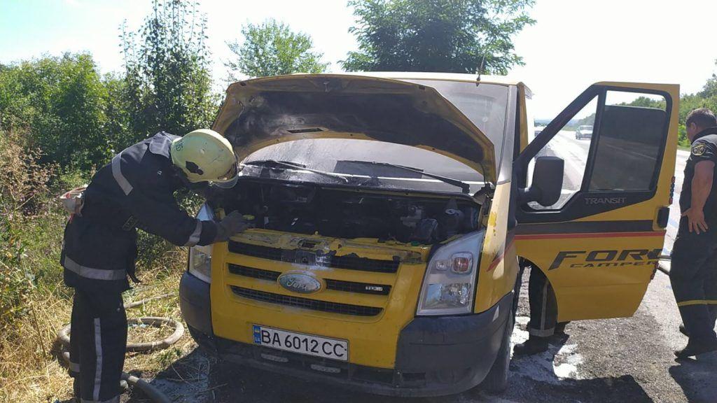 На Черкащині горіли дві автівки (фото)
